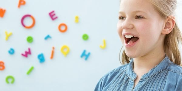 girl-practice-speech