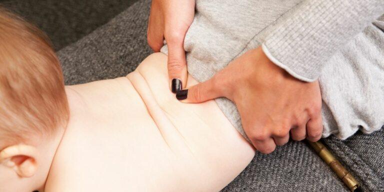 baby chiropractor massage